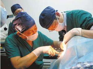 LOL外圍下注-小手術斷送性命家屬稱是醫療事故